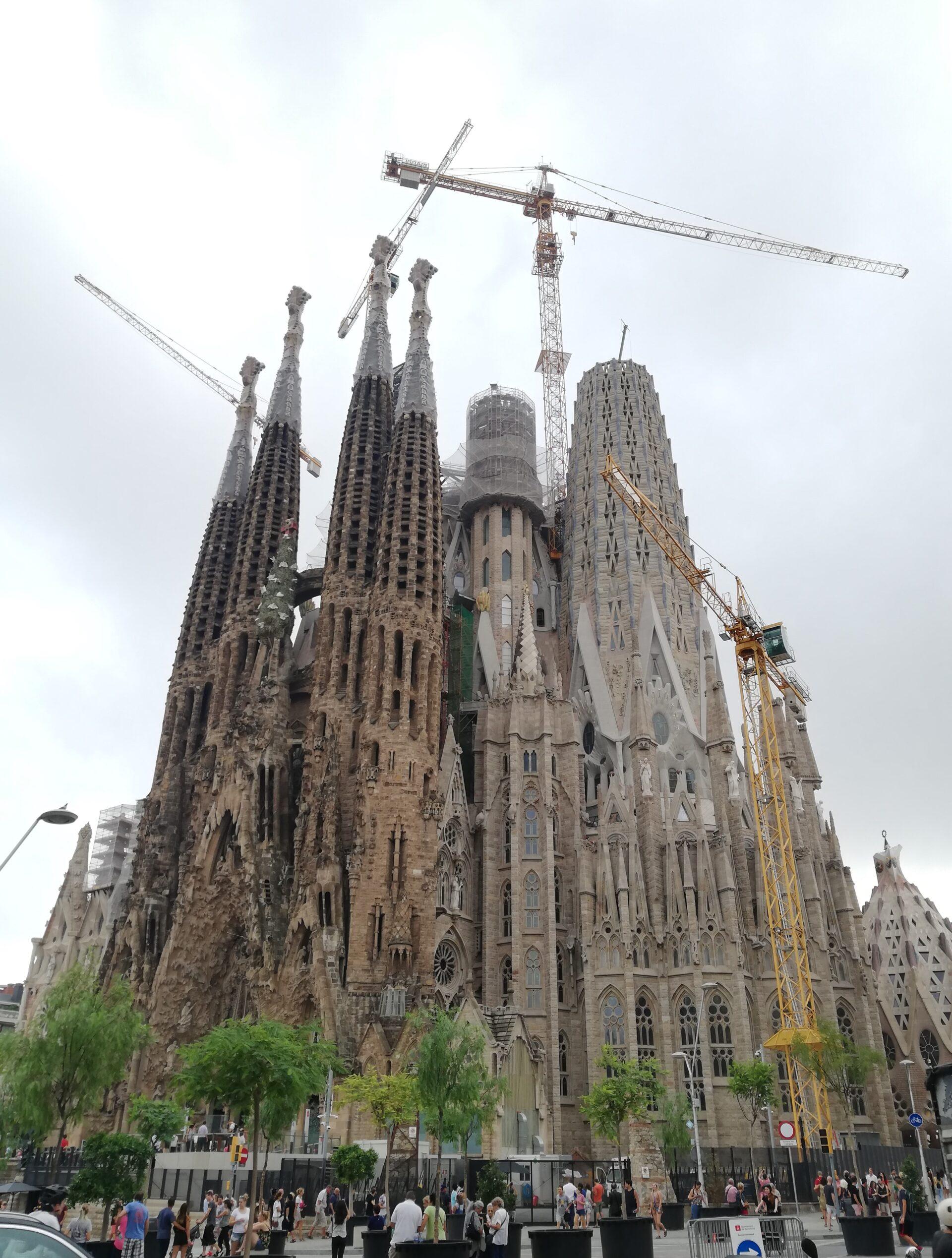 65 ciekawostek o Sagrada Familia w Barcelonie