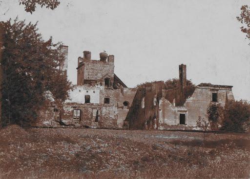 Zamek biskupów płockich w Broku